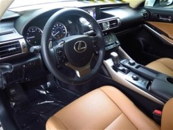 IS 250 Flaxen Interior