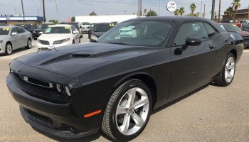 Challenger SXT Black best lease deal