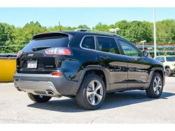 Cherokee limited black rear